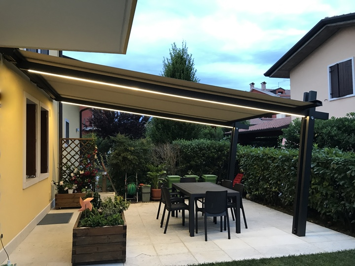 Pergola PS YO con luci LED
